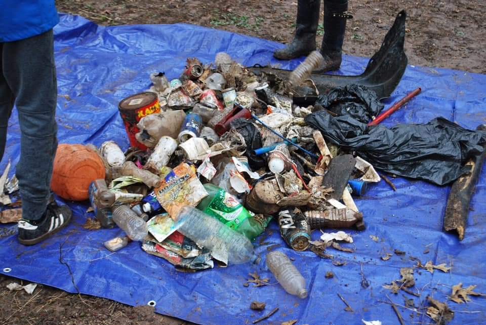 NEW BILL PROPOSES RECYCLED MATERIALS TO BE USED IN MANUFACTURED CONTAINERS & BAGS